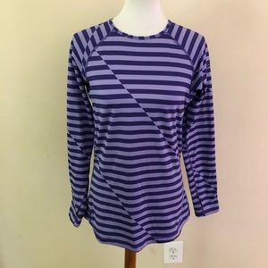 Womens nike pro fitted crew neck shirt